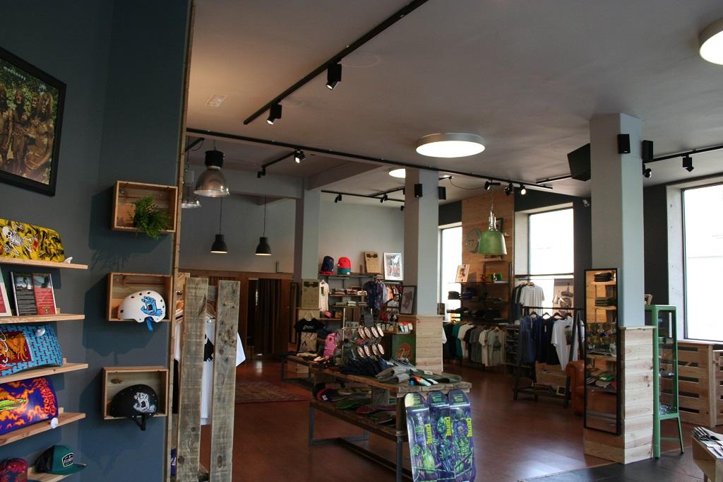 Reforma en Tienda de ropa – Woodtown (2015)